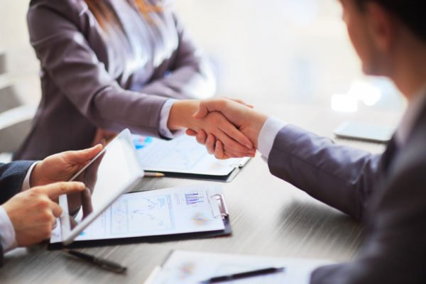 What to Know About Becoming an Independent Insurance Agent