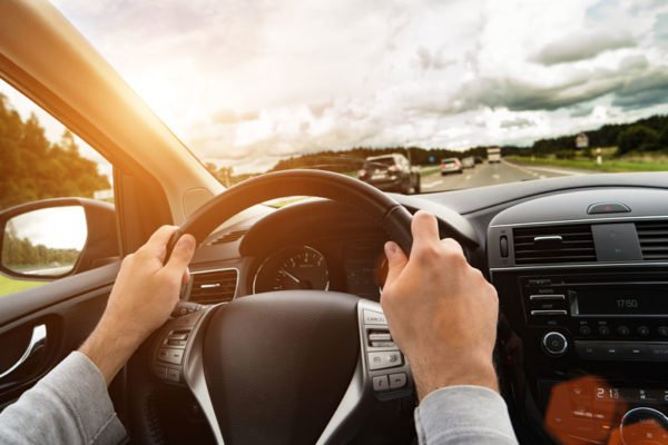 How to Avoid Distractions on the Road With These Tips