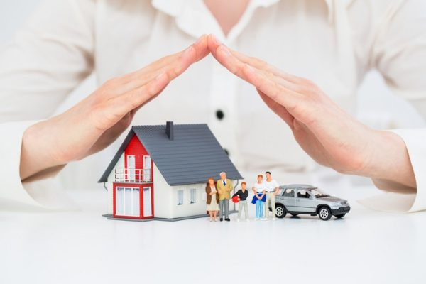 combining home & auto insurance